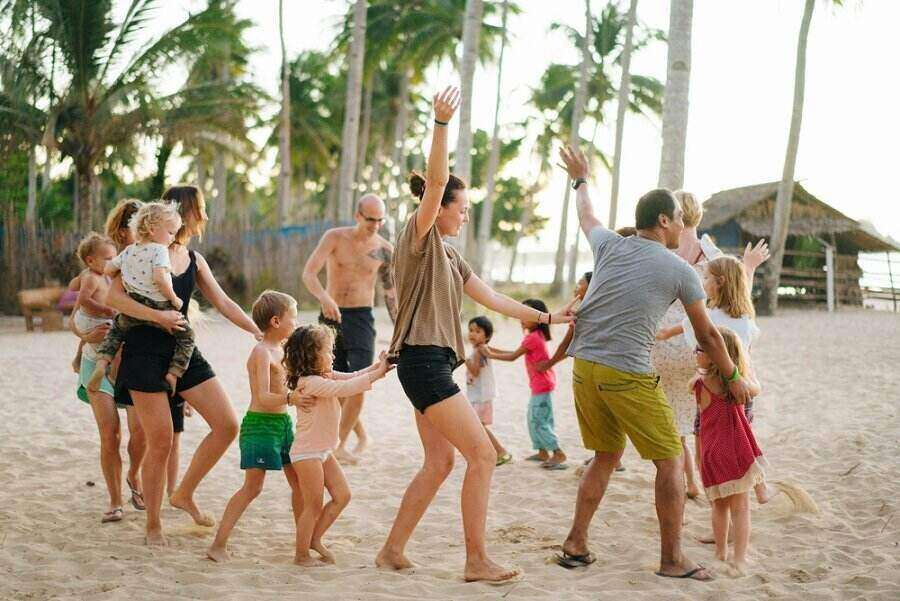 foreigners dancing with filipino locals