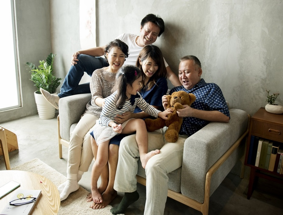 asian family enjoying because of work from home