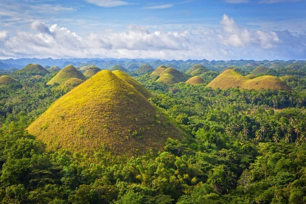 majestic view of chocolate hills