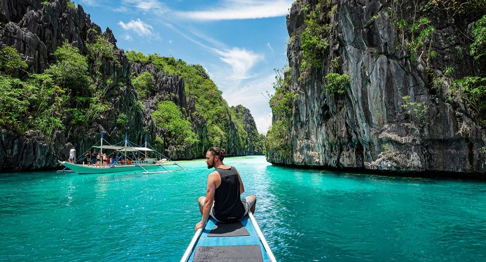 foreigner in palawan
