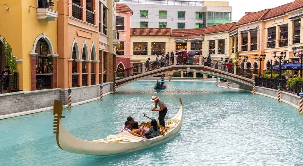 Venice Grand Canal Mall taguig malls in the philippines